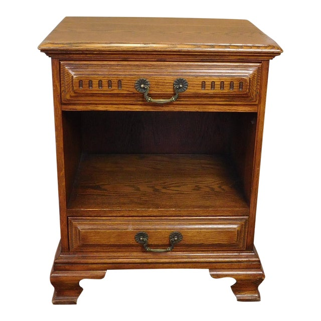 Vintage Davis Cabinet Co. Oak Nightstand For Sale
