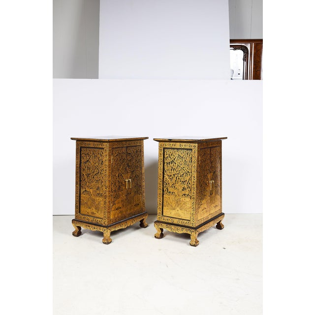 Mid-Century Modern Pair of Thai Manuscript Cabinets of Lacquer and Gold Leaf, 20th Century For Sale - Image 3 of 13