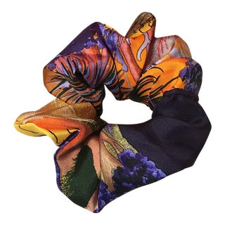 Hermes Handmade Vintage Silk Scarf Scrunchie in Orange and Navy Tropical Print For Sale
