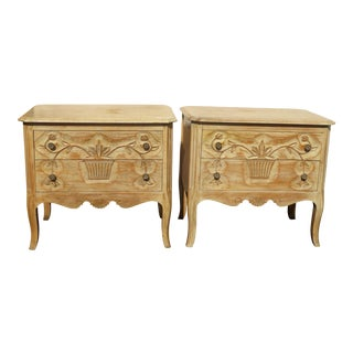 1970s French Country Davis Fine Furniture Nightstands - a Pair For Sale