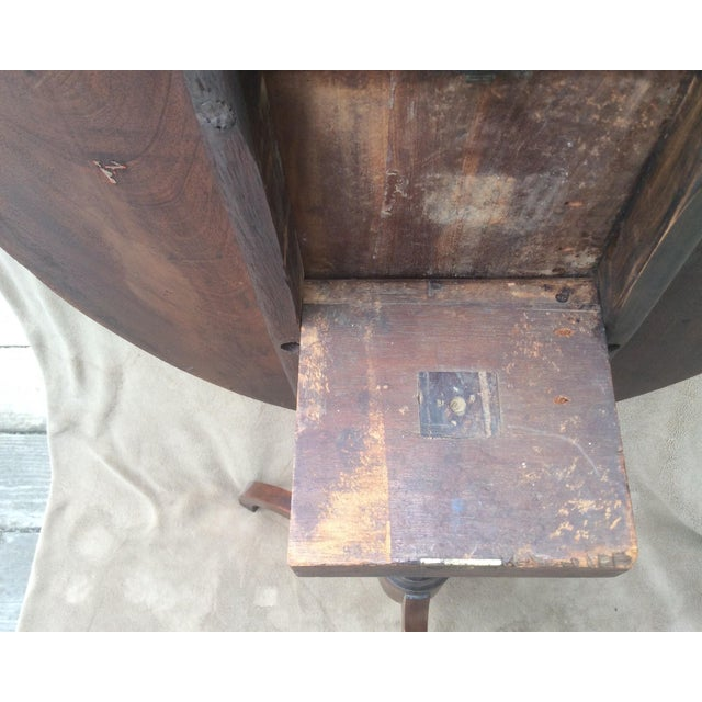 American Mahogany Tilt Top Table - Image 9 of 10