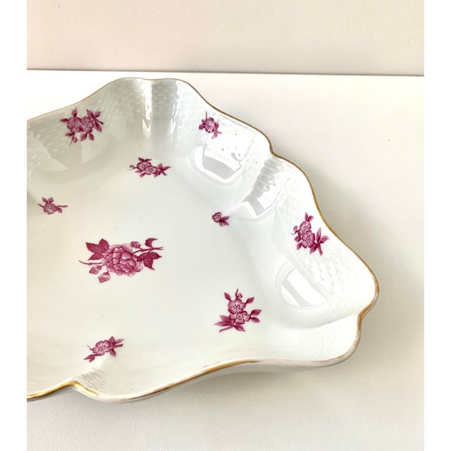 Herend Vintage Herend Chinese Bouquet Raspberry Pink Triangle Serving Dish For Sale - Image 4 of 8