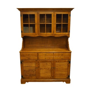 Ethan Allen Heirloom Nutmeg Maple Colonial Style Cupboard For Sale
