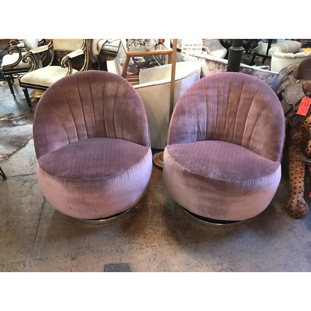 Mid-Century Modern 1960s Vintage Pair of Milo Baughman for Thayer Coggin Channel Back Swivel Lounge Chairs Newly Upholstered For Sale - Image 3 of 11