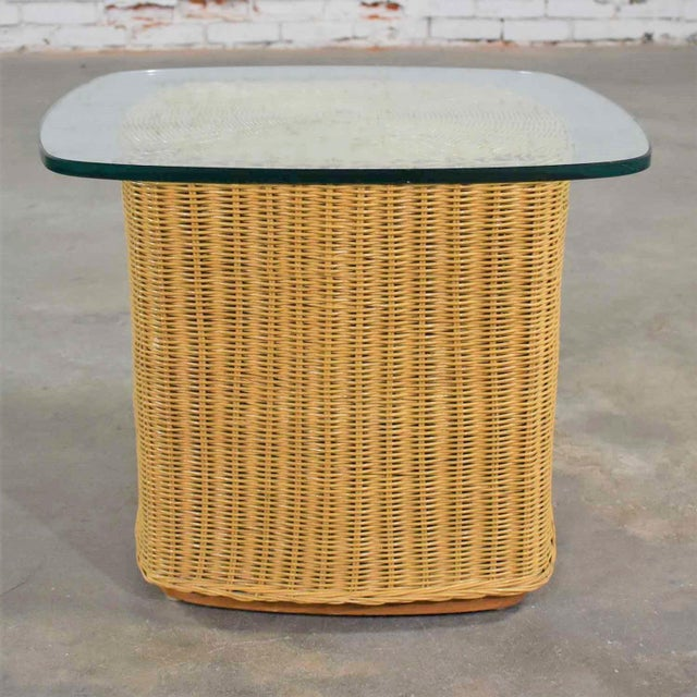 Rattan Wicker Organic Modern Side Table With Thick Glass Top For Sale - Image 13 of 13