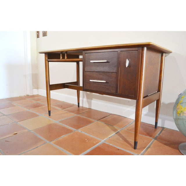 Mid Century Modern Desk by Lane Acclaim For Sale - Image 10 of 12