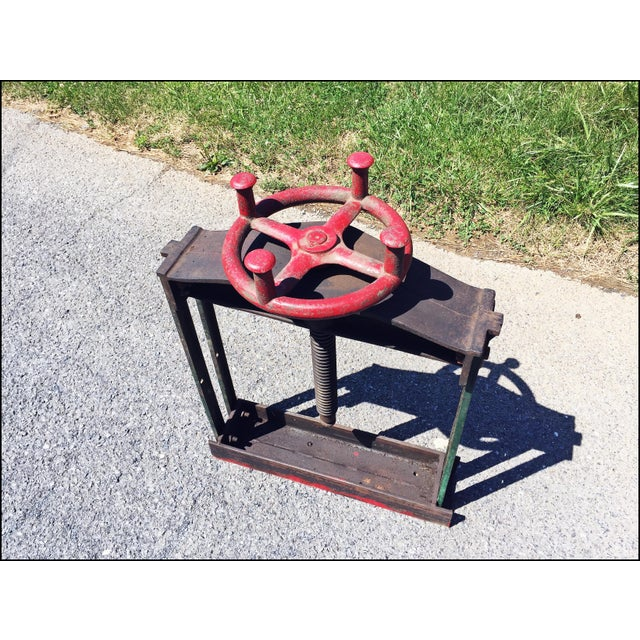 Vintage Industrial W.O. Hickok Keystone Cider Mill Apple Press For Sale - Image 5 of 11