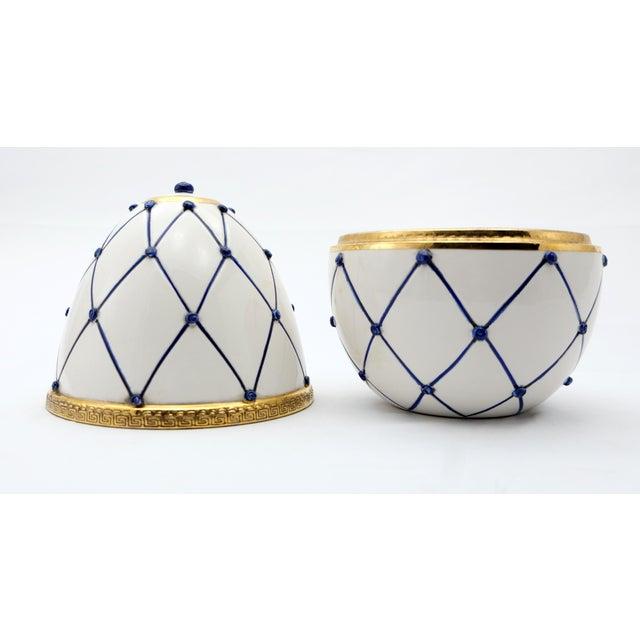 "Contemporary Sigma L2 Italian Ceramic Rete Blue and Gilt Bronze ""Egg Form"" Covered Boxes For Sale - Image 3 of 10"
