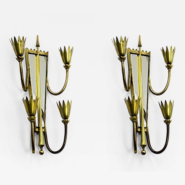 Pietro Chiesa Pair of Mirrored Arrow Gold Bronze Sconces. For Sale - Image 6 of 6