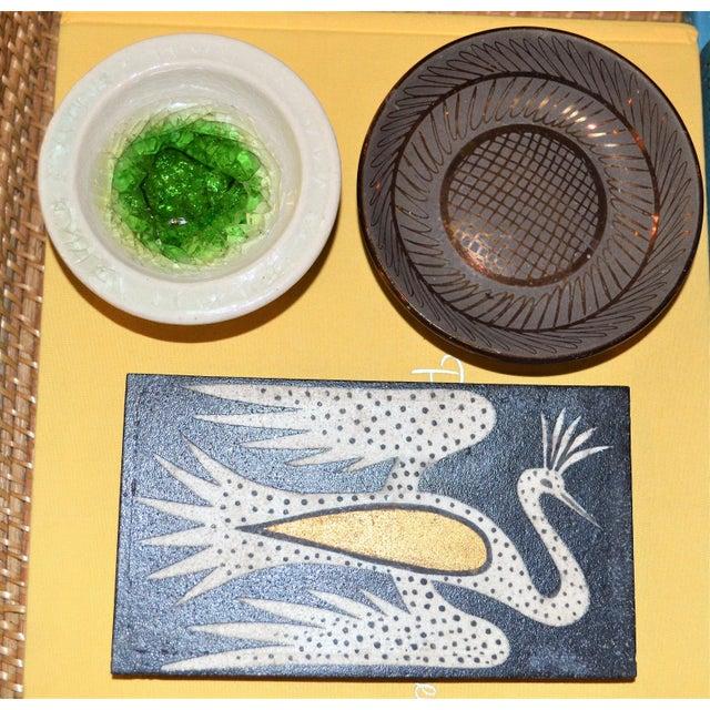 Green 1942 Art Deco Waylande Gregory Fused Glass Ceramic Bowl For Sale - Image 8 of 11
