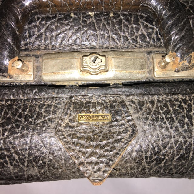 Vintage Carson Quality Seal Skin Suitcase For Sale - Image 5 of 11