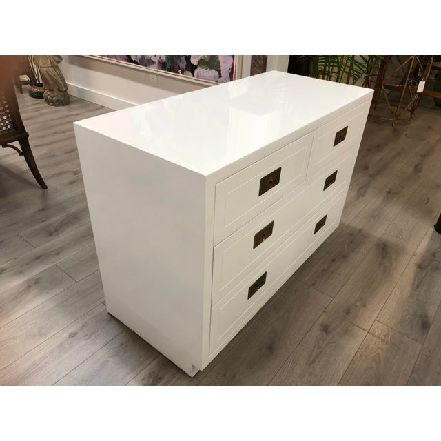 Mid-Century Modern Pair of Campaign Style Chest by Henredon Home Furniture For Sale - Image 3 of 9