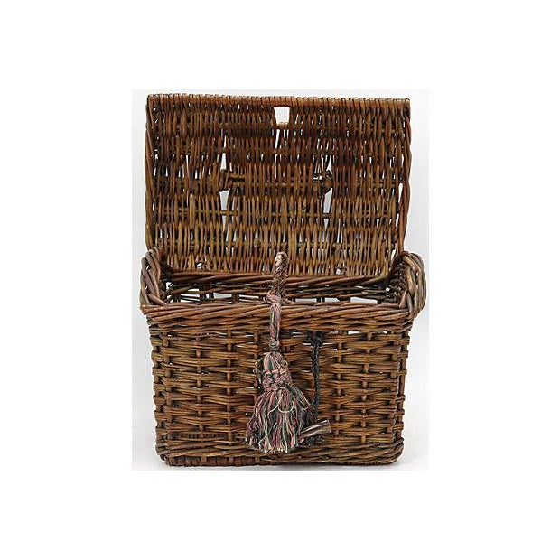 19th Century French Ladies Market Basket For Sale - Image 4 of 5