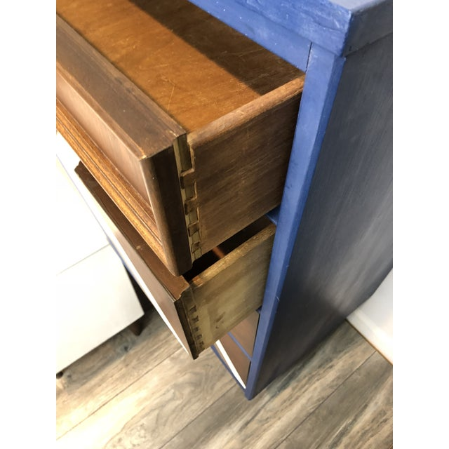 Vintage Bassett Mid Century Chest of Drawers & Night Stand - Set of 3 For Sale In Phoenix - Image 6 of 11