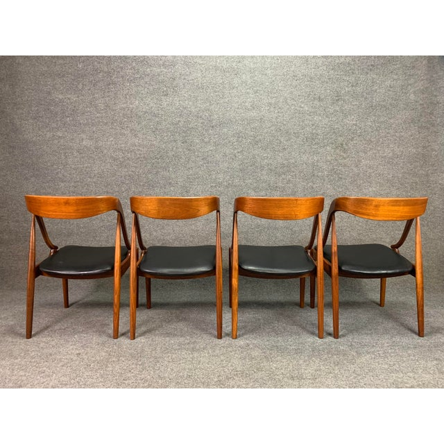 1960s Vintage Johannes Andersen Danish Modern Walnut Dining Chairs- Set of 4 For Sale - Image 9 of 10