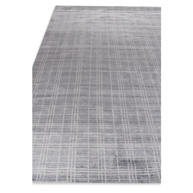 """Cambridge Hand loom Bamboo/Silk Blue/White Rug-14'x18"""" For Sale - Image 4 of 9"""