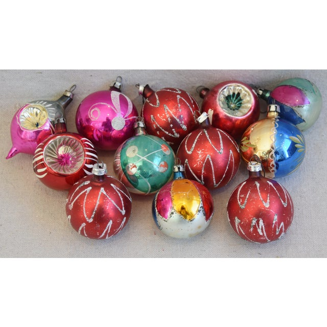 Vintage Colorful Christmas Ornaments W/Box - Set of 12 For Sale - Image 11 of 12