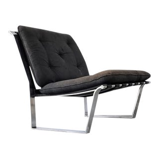Mid Century Modern Leather and Chrome Lounge Chair For Sale