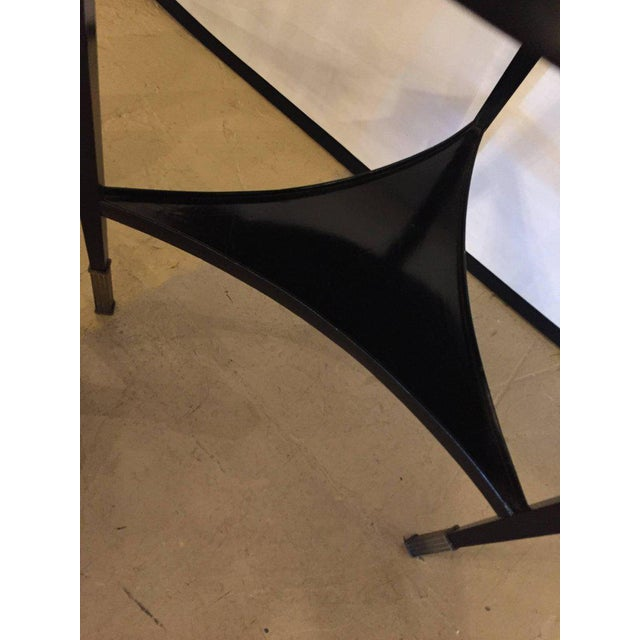 Hollywood Regency Ebonized Silver Gilt Mirror Top Centre or End Table For Sale - Image 3 of 7