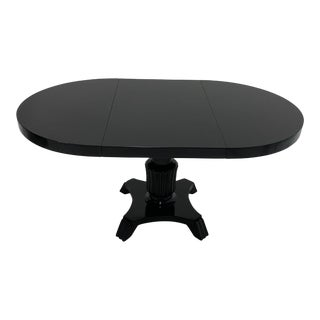 Oval Hollywood Regency Style Black Laquer Dining Table For Sale