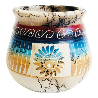 Vintage Navajo Horse Hair Pottery Vase With Hand Carved Sgraffito Design For Sale