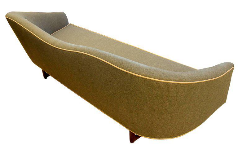 Ordinaire 1960s Camelback Sofa For Sale In Sacramento   Image 6 Of 9
