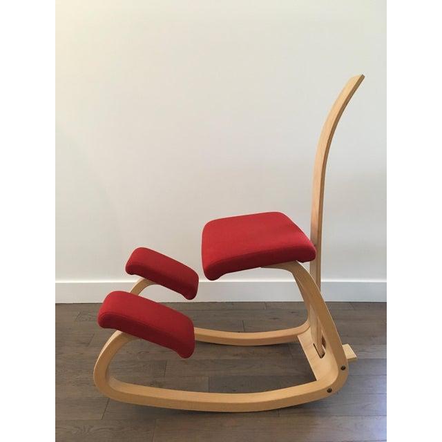 Varier Varier Variable Balans Kneeling Chair With Backrest For Sale - Image 4 of 9