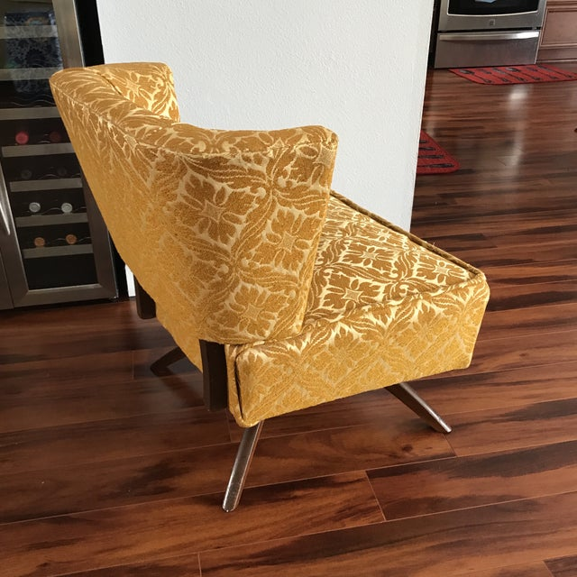 1960s Vintage Vanity Swivel Chair For Sale In Tampa - Image 6 of 8
