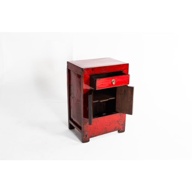 1920s Chinese Red Lacquer Cabinet With a Drawer and Pair of Doors For Sale - Image 5 of 11