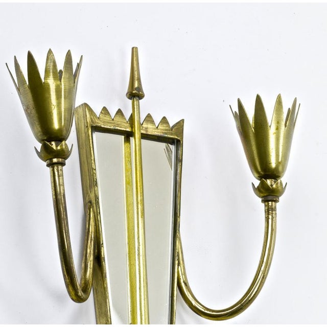 Pietro Chiesa Pietro Chiesa Pair of Mirrored Arrow Gold Bronze Sconces. For Sale - Image 4 of 6