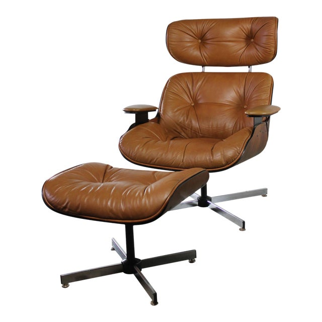 7374720e446d Mid-Century Modern Plycraft Eames-Style Lounge Chair   Ottoman For Sale