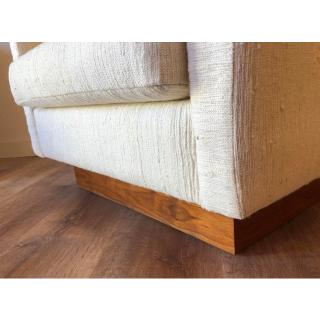 1970s Scandinavian Vintage Modern Box / Club Chair With Boucle Upholstery and Walnut Base For Sale - Image 5 of 12