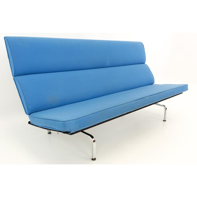 Textile Eames for Herman Miller Mid Century Modern Compact Daybed Sofa For Sale - Image 7 of 13
