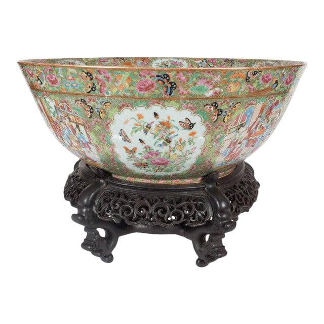 "Important ""Mandarin"" Style Rose Medallion Chinese Export Ceramic Bowl For Sale"