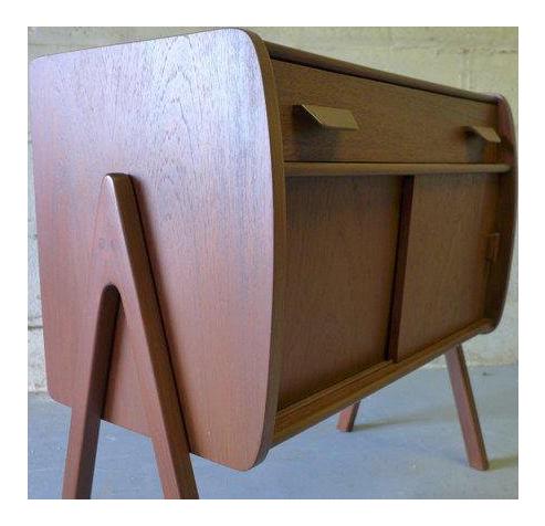 Beau Mid Century Modern Teak Cabinet / Mini Credenza