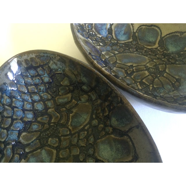 Clay Vintage Mid-Century Modern Jepson Studio Pottery Pressed Teardrop Bowls - Set of 4 For Sale - Image 7 of 9