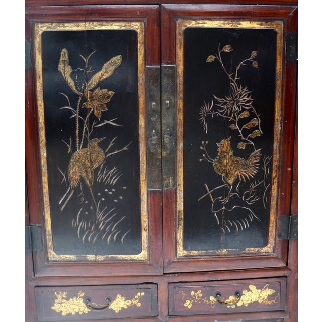 Late 19th Century Exquisite Antique Chinese Qing Dynasty Cabinet For Sale - Image 5 of 12