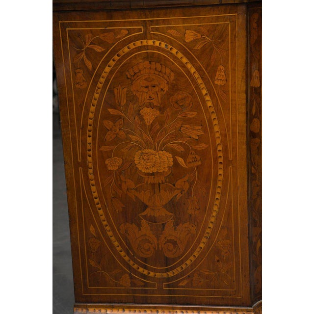 18th Century Dutch Walut Marquetry Chest - Image 4 of 11