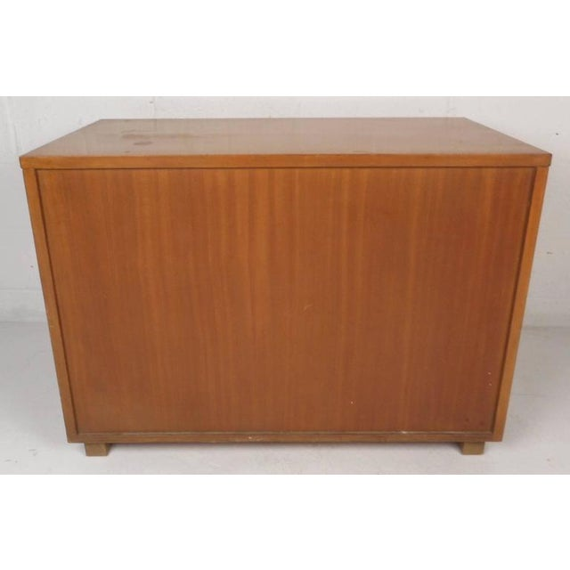 Paul McCobb for Calvin Mid-Century Modern Chests - A Pair For Sale - Image 5 of 11