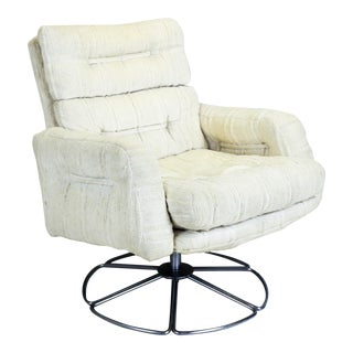 Mid-century Swivel Chair On Chrome Base For Sale