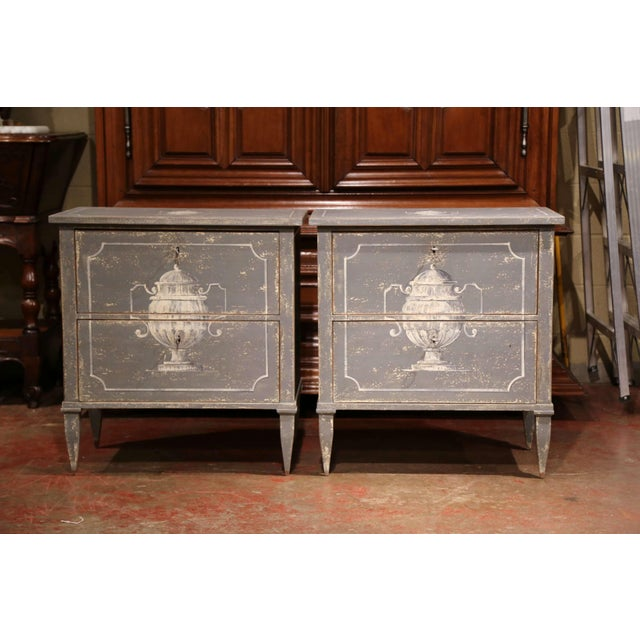 French Pair of Early 20th Century French Louis Philippe Painted Nightstands or Commodes For Sale - Image 3 of 11