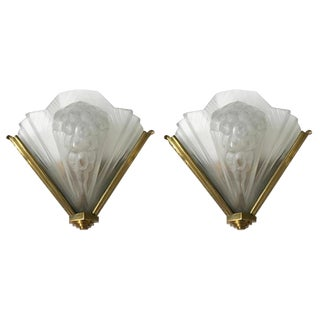 French Art Deco Signed Atelier Petitot Ribbed Sconces - a Pair For Sale