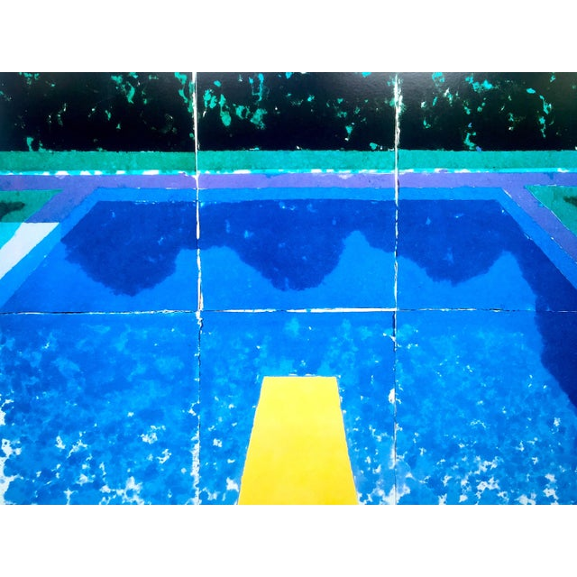 """David Hockney David Hockney Rare Vintage 1988 Iconic Lithograph Print Framed Exhibition Poster """" Day Pool With Three Blues """" 1978 For Sale - Image 4 of 13"""