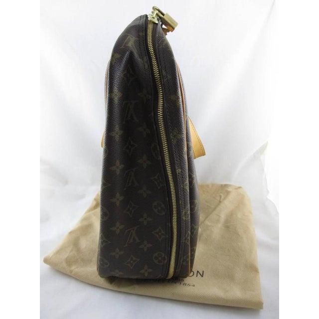 Louis Vuitton Louis Vuitton Vintage LV Monogram Excursion Travel Shoe Bag W/ Padlock & Dustbag For Sale - Image 4 of 11