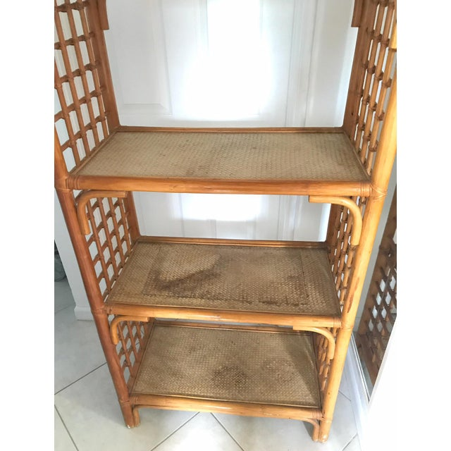 Vintage 1960s Pagoda Shape Rattan Bamboo Shelves Etagere Palm Beach Regency For Sale In Miami - Image 6 of 13