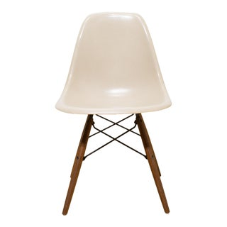 Eames for Herman Miller Fiberglass Dsw Shell Chairs C.1950s For Sale