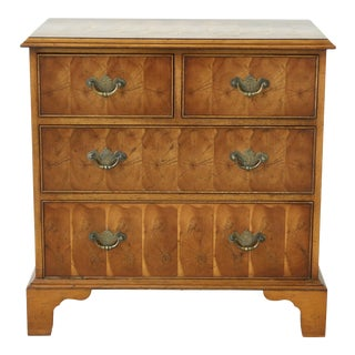 English Oysterwood & Yew Wood 4 Drawer Bachelor Chest For Sale