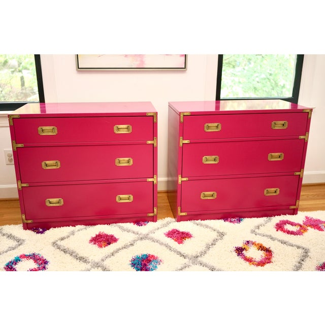 Campaign Lacquered Fuschia Bachelors Chests - a Pair For Sale - Image 13 of 13