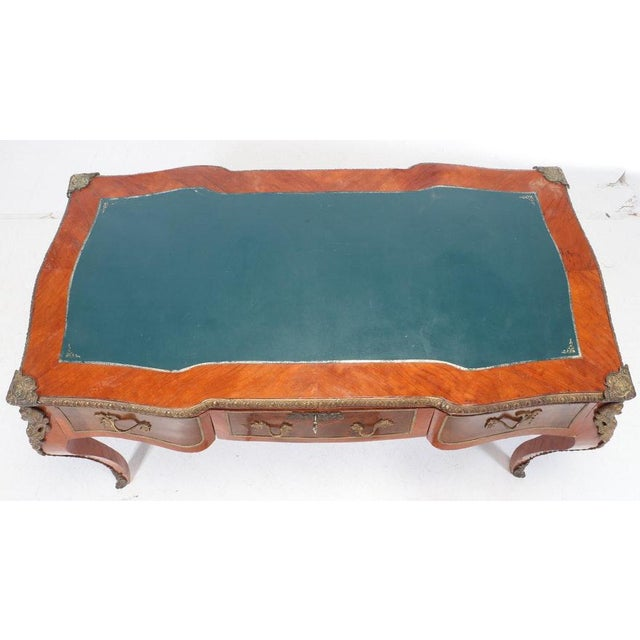 Mid 20th Century Vintage Louis XV Style Gilt-Metal Mounted Bureau Plat Writing Desk For Sale - Image 5 of 9