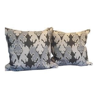 Hollywood Regency Lee Jofa Bengal Bazaar Down Pillows - a Pair For Sale